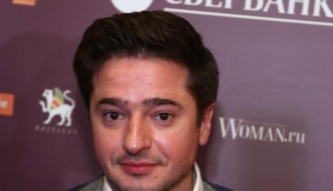 Михаил Ефремов расплакался в зале суда