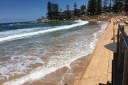 Sydney beaches closed due to 'hazardous surf conditions'