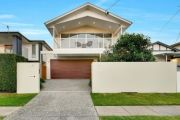 Nervous buyer at first auction spends $1m on Hendra home
