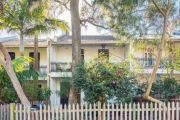 Sydney clearance rates stabilising as sellers hold off listing, tightening supply