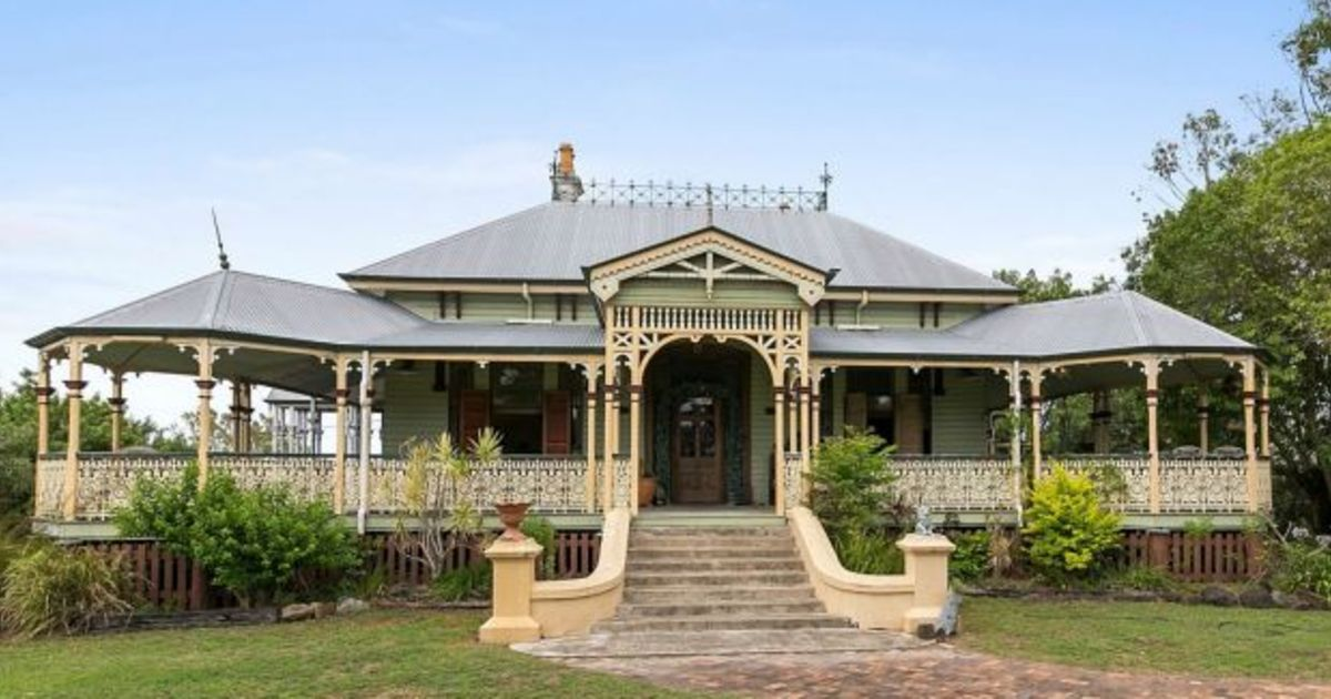 value buying  the most gorgeous queenslanders outside of brisbane