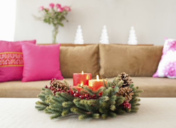 christmas decorating themes