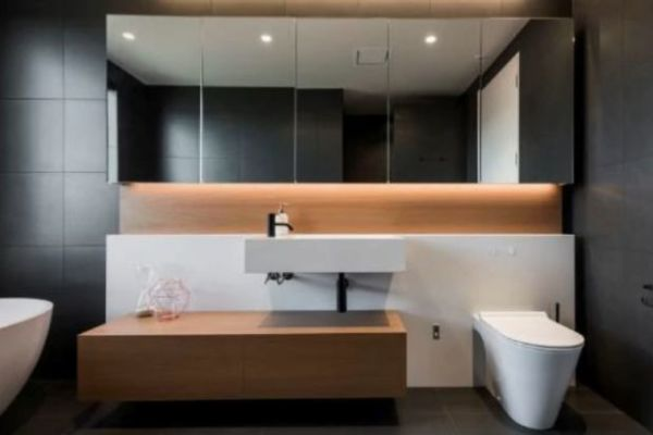 Small Bathroom Design Solutions: How To Use Clever Tricks In Your Renovation  To Make Even The Tiniest Room Feel More Spacious