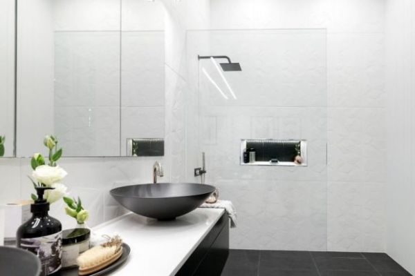 Superieur How Do I Make My Bathroom Bigger? 15 Tips And Tricks
