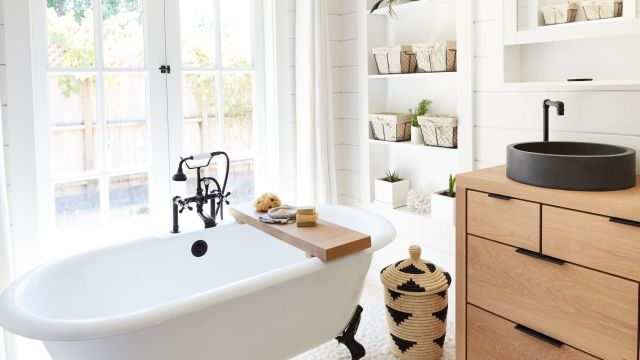 It's time to move on from these outdated bathroom trends in 2019