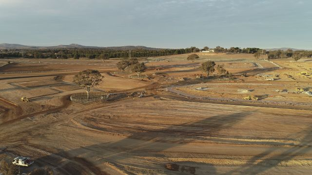 Ginninderry sees its first multi-unit auction of new suburb blocks