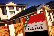 Maroubra real estate agent jailed for two years after stealing more than half a million dollars