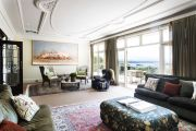 Bellevue Hill's prestige property deals pile up as well heeled locals spend big