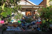Bondi hoarders house pulled from auction with days to spare