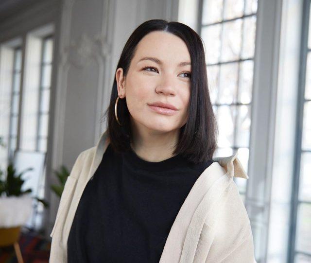 Рабочий процесс: Ида Галич снимает видео с Оксаной Самойловой