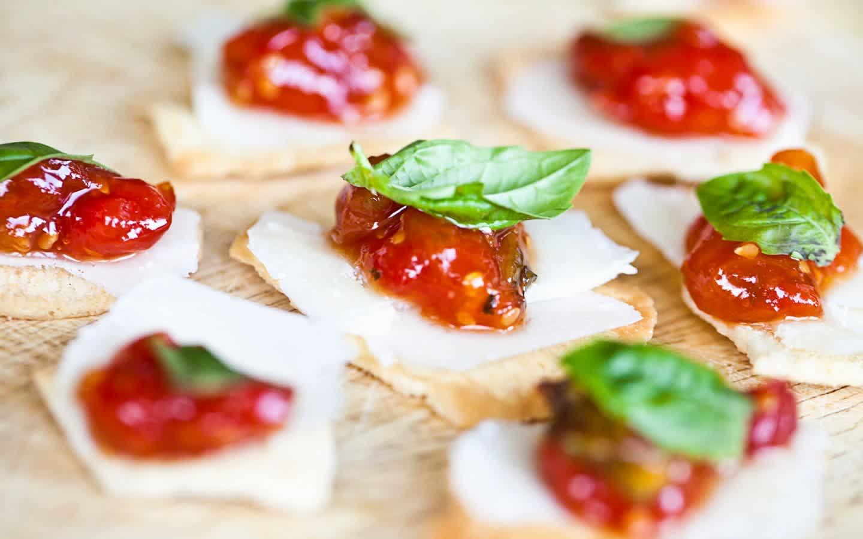 Chutney, Cheese and Cranberry Bites Recipe