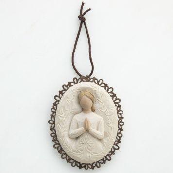 オーナメント(ブローチ形) 【a tree, a prayer】 - 木、そして祈り