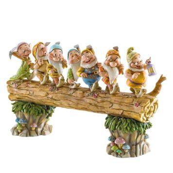 7人の小人(こびと) 家路 白雪姫