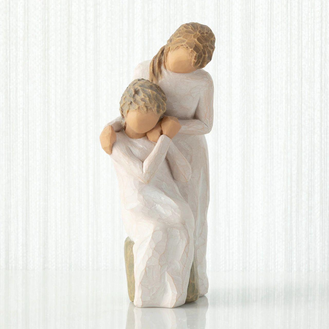 ウィローツリー 彫像 【Loving My Mother】 - 大好きなお母さん