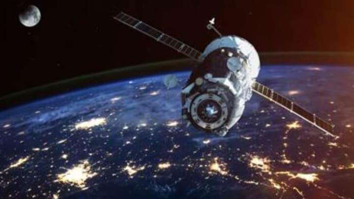 FCC aprobă oferta Amazon de a lansa o constelație de peste 3.200 de sateliți de internet