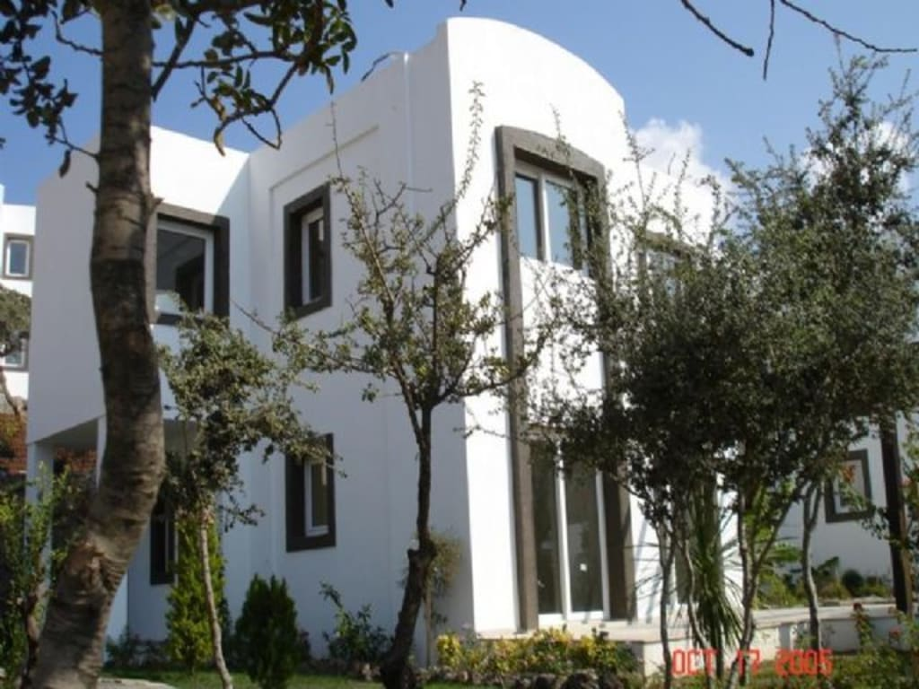 APARTMENTS AND VILLAS IN BODRUM-GUMUSLUK – 3 BED