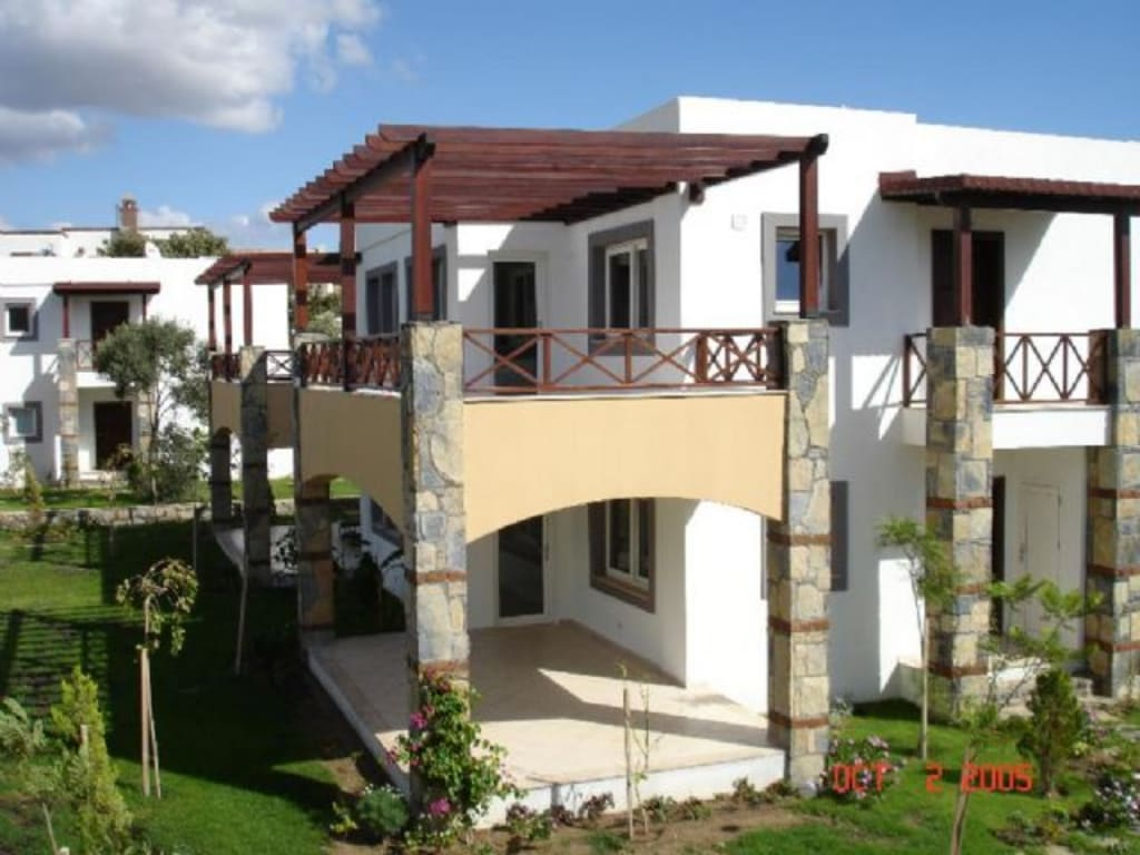 GREAT APARTMENT AND VILLA COMPLEX IN BODRUM – 2 BED APTS