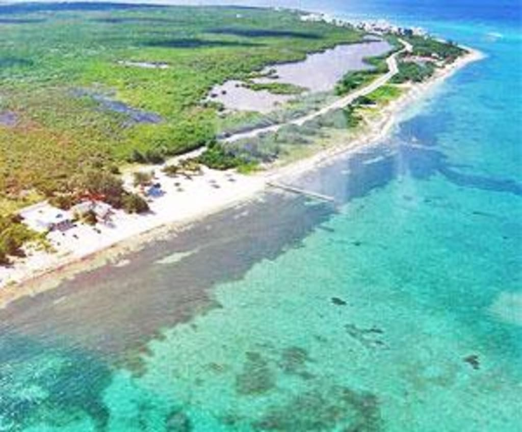 $175,000  Royal Residence, Grand Cayman