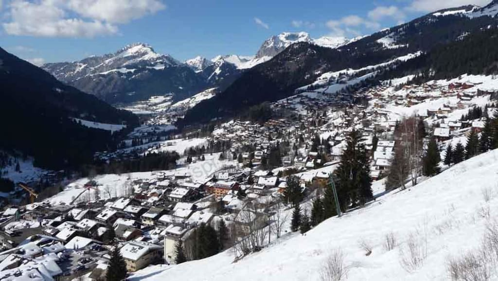 €188,000 – €386,000.  Properties for sale in Châtel