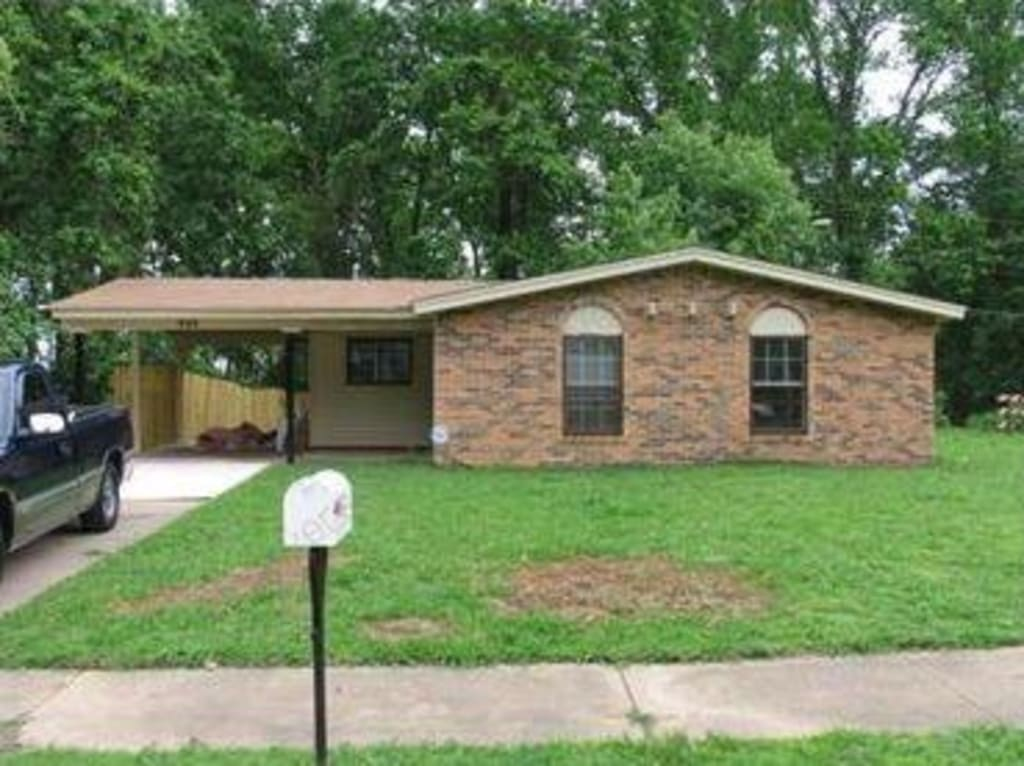 $36,500  Memphis.  Lovely bungalow generating genuine 15.6% net yield