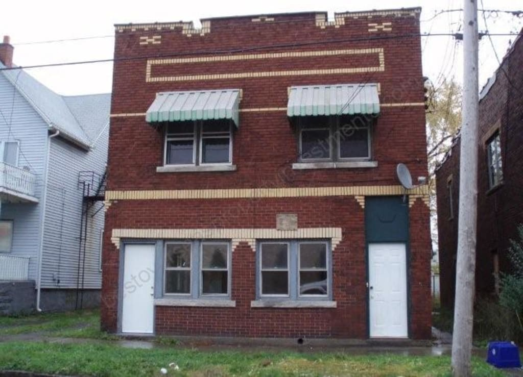 $42,000  Tenanted triplex with genuine 22.4% net yield