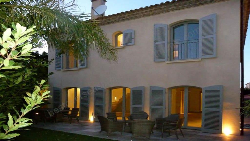 €5.9 million. ST TROPEZ. Brand new luxury Villa
