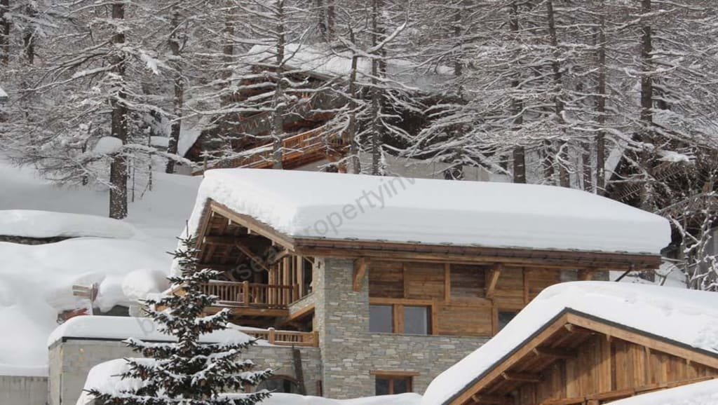 €6 million.  VAL D'ISERE. Brand new 5 bed chalet