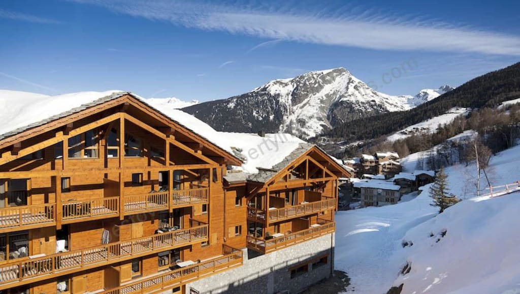 From €185,333 to €626,880.  Sainte-Foy – L'étoile des Cimes Ski Apartments