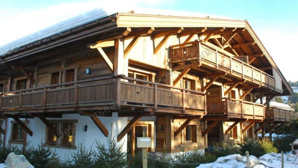 From €287,040 to €631,488. Megève. Luxury ski apartments