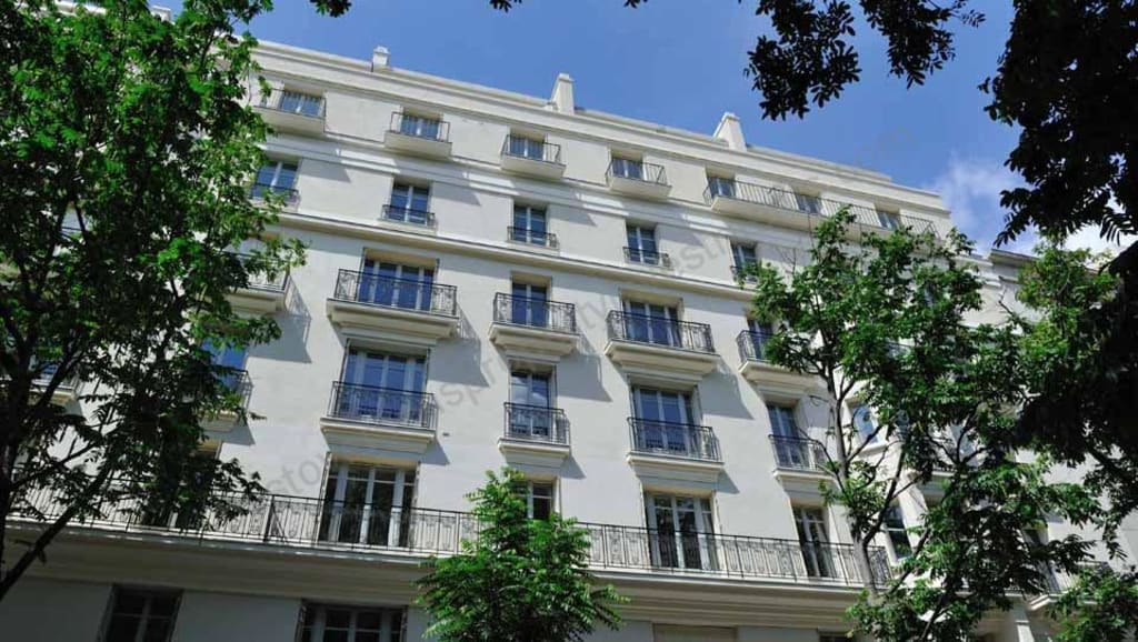 From €380,000 to €1.8m.  Paris 4th – Morland – Large Apartments