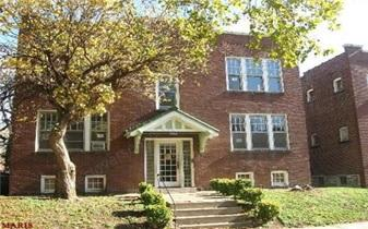 $75,000  Block of 4 apartments with net yield of 21.98%