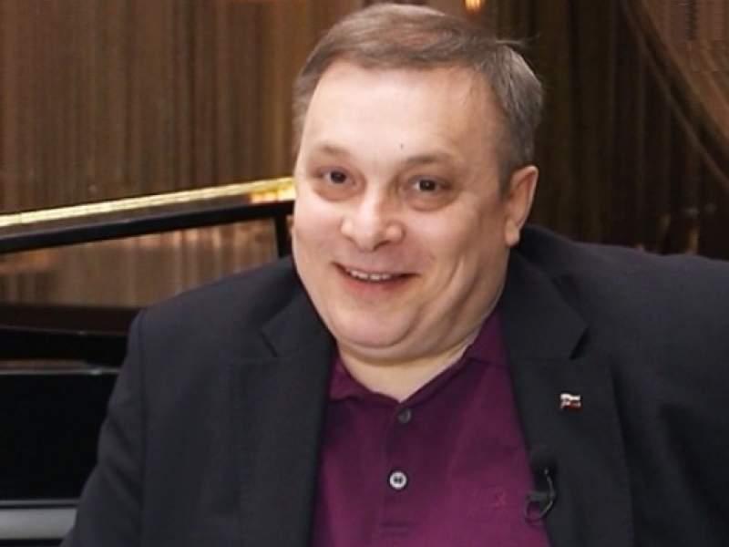 Новости дня: Разин назвал имена обнищавших из-за коронавируса артистов