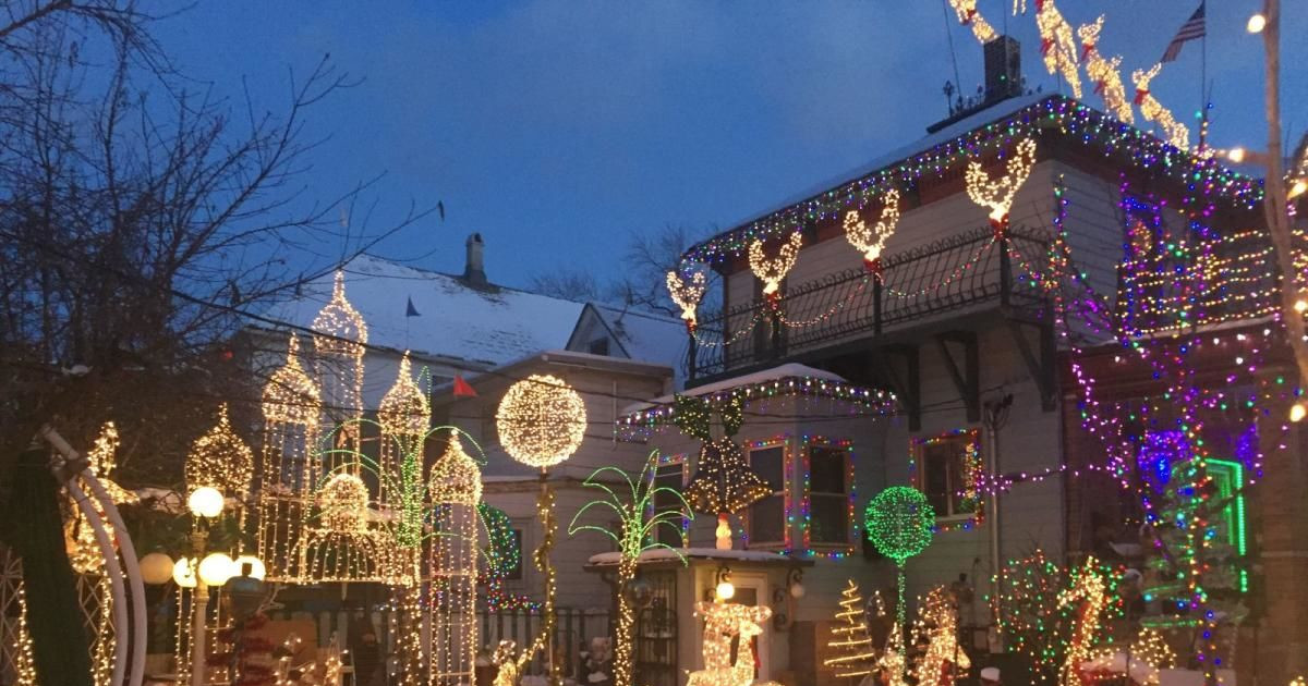 where to see the best christmas lights in chica - Chicago Christmas