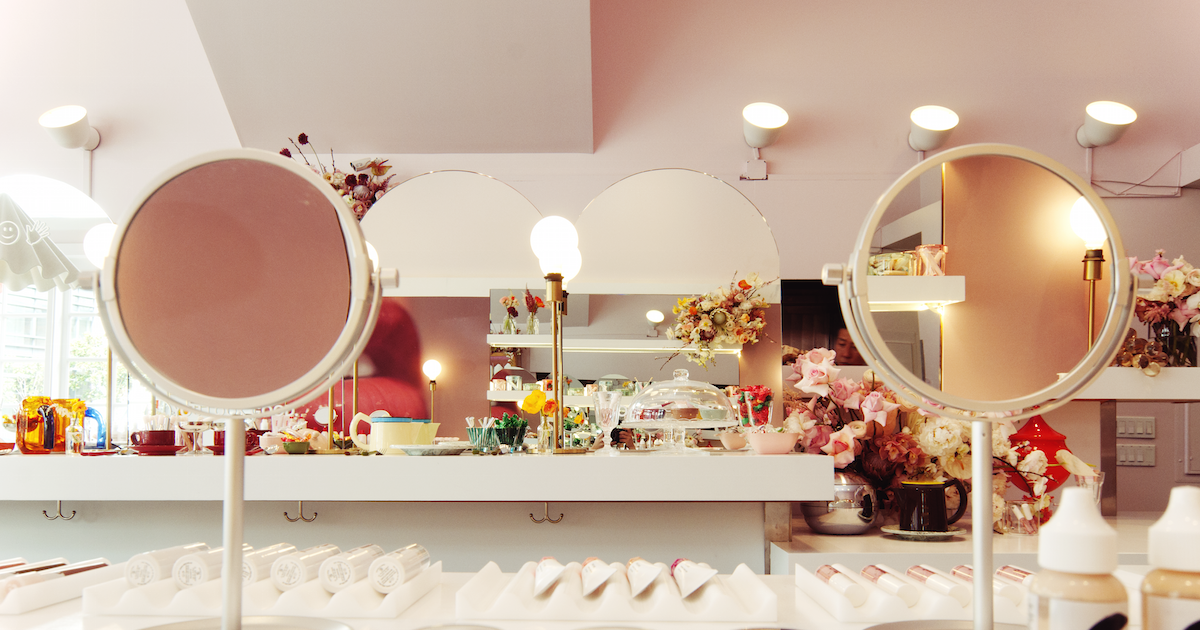 Glossier Pop-Up Opens in SF
