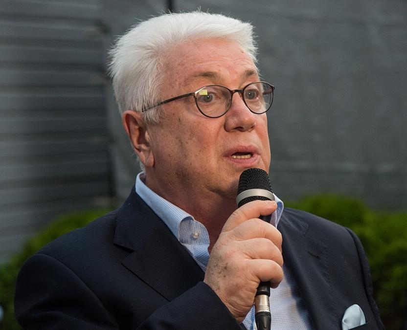 «Для взрослого человека это сложно»: Владимир Винокур рассказал, почему Лещенко перевели в реанимацию