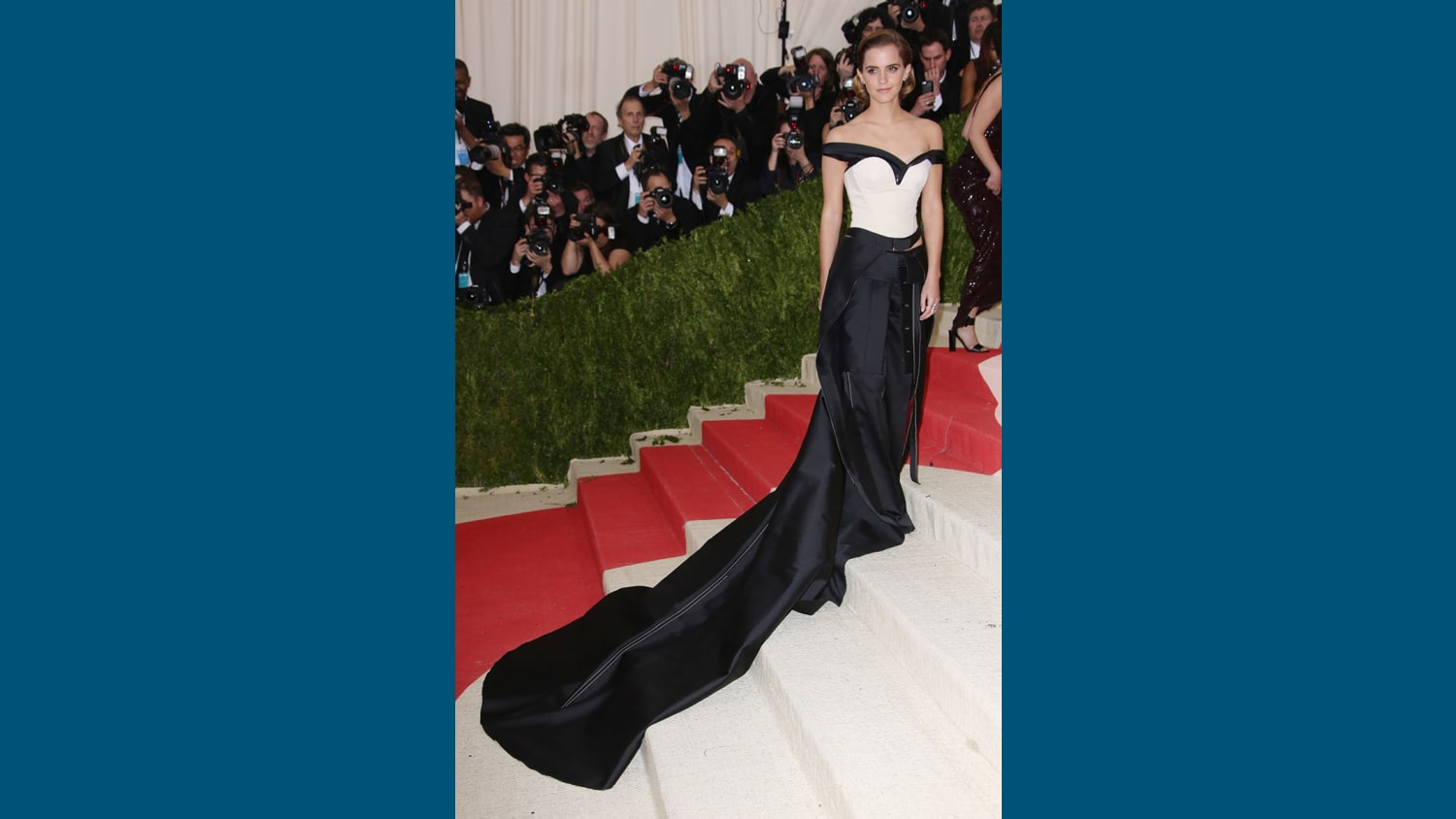 The Metropolitan Museum of Arts COSTUME INSTITUTE Benefit Celebrating the Opening of Manus x Machina Fashion in an Age of Technology Arrivals The Metropolitan Museum of Art NYC New York America 02 May 2016