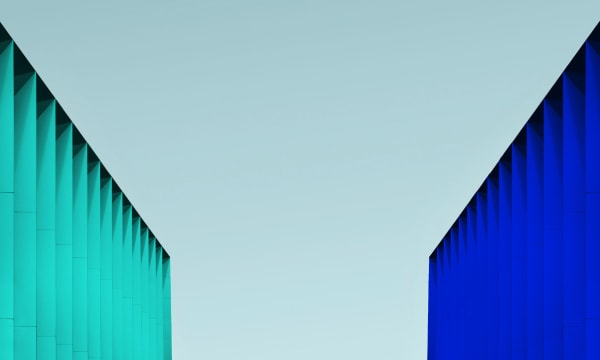 turquoise balustrade to the left, blue balustrade to the right
