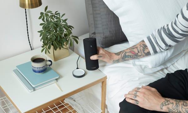 WEB Amazon Tap Charging