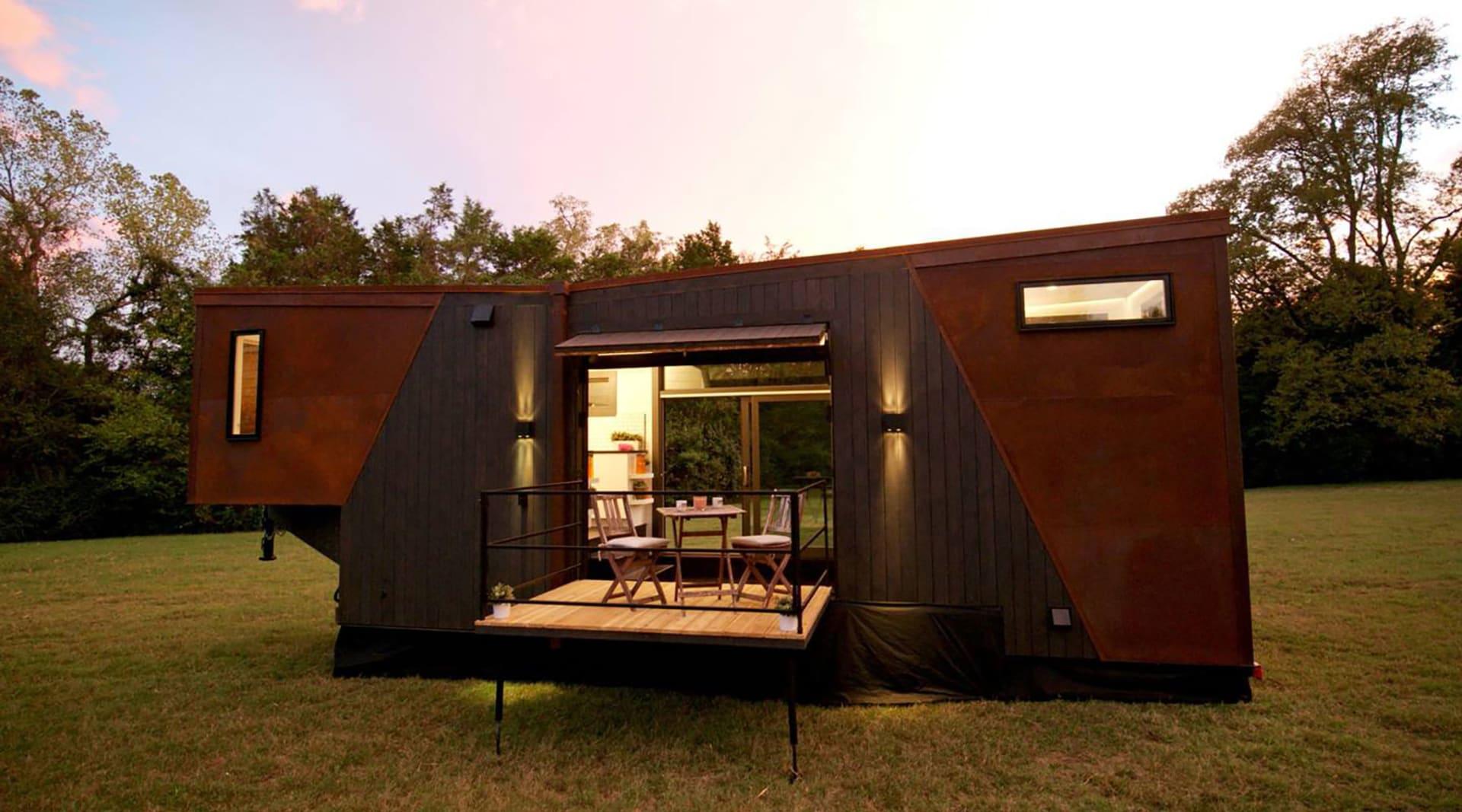 WEB dunkin house