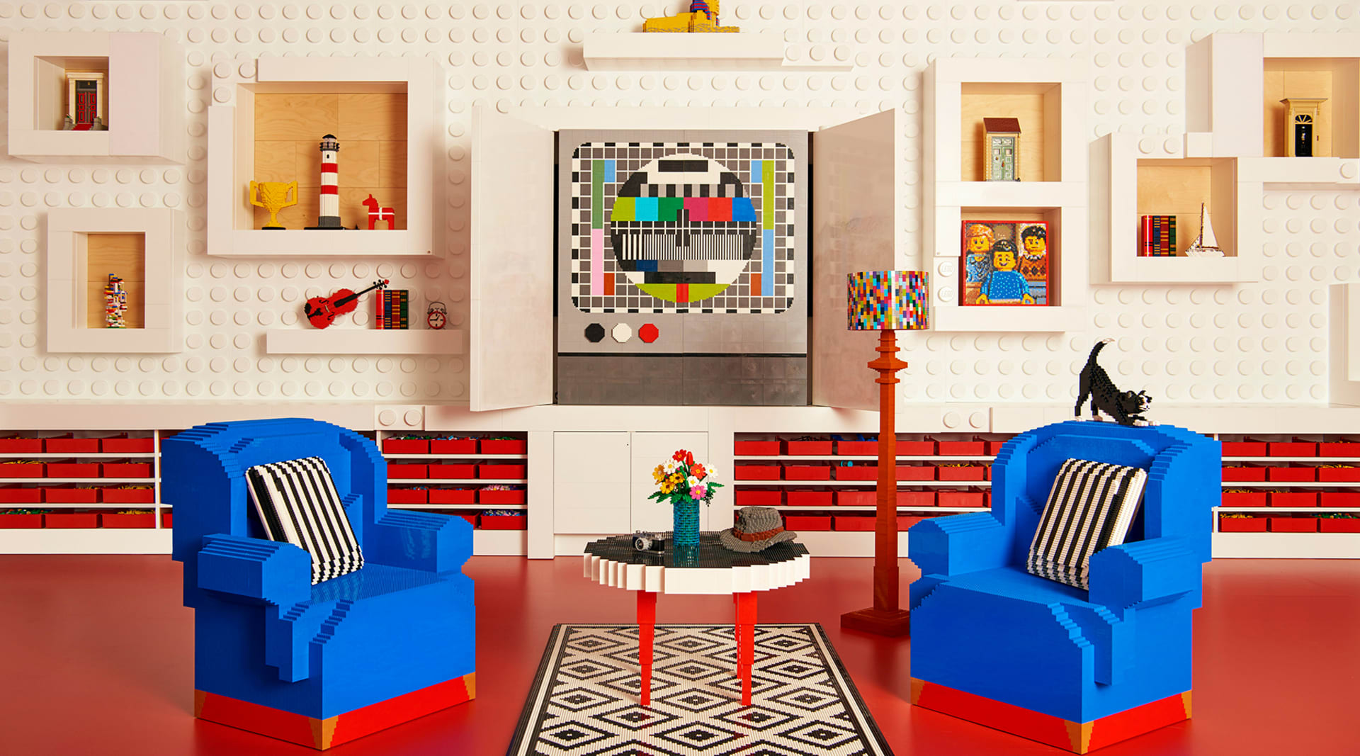 WEB https press atairbnb com app uploads 2017 10 2017 09 07 Air Bn B Lego LIVING 044