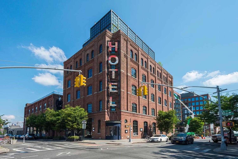 WEB 20200629 Industrious Wythe Hotel 001