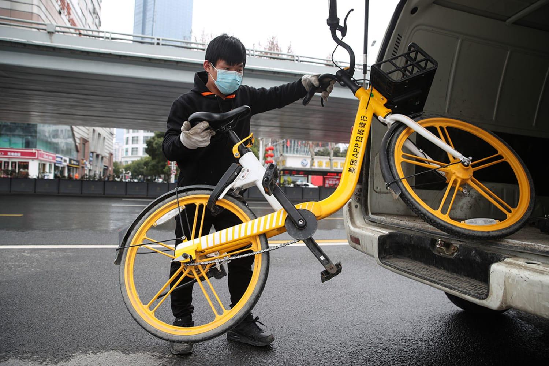 WEB Meituan Bikes dispatch around Wuhan hospitals