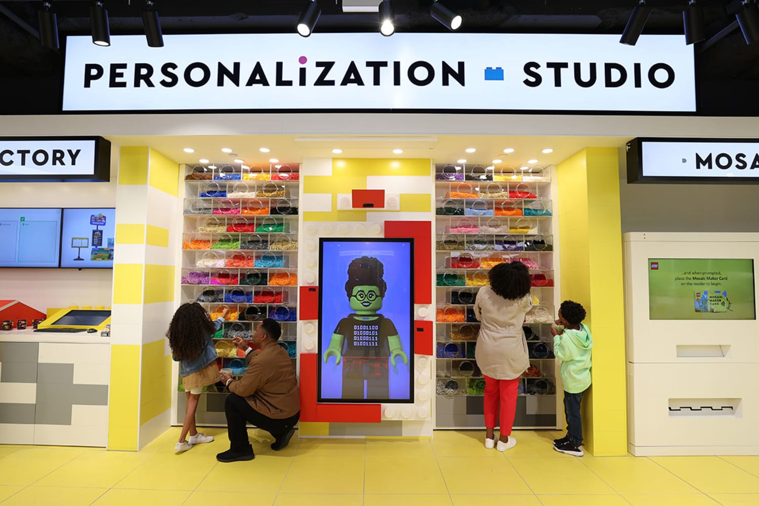 WEB The LEGO R Store Flagship on Fifth Personalization Studio