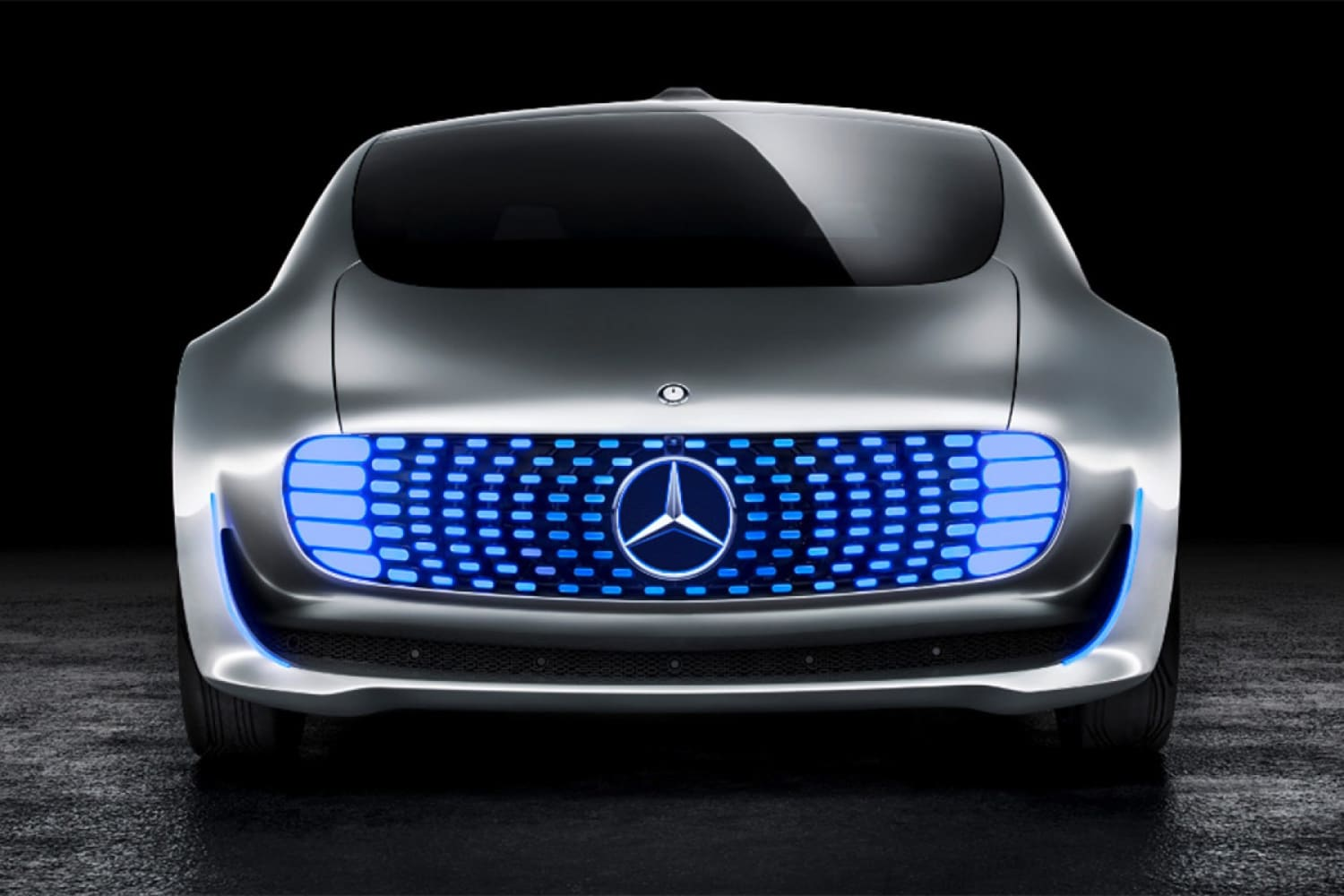 Mercedes F015 Luxury in Motion concept car WEB