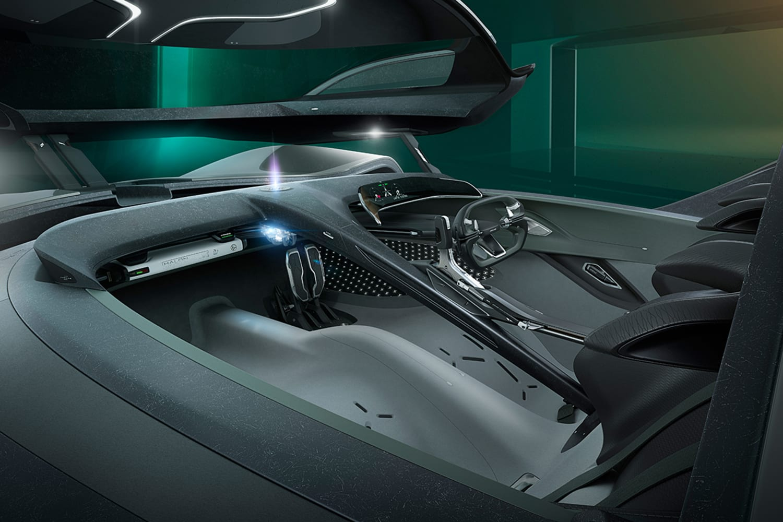 WEB Jaguar Vision Gran Turismo Coupé Interior 25 10 19 004
