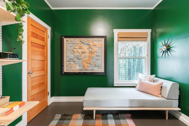 WEB Seattle 15832893 Bedroom 1 JSL1