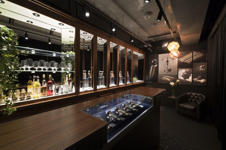 Lamdash cocktail bar