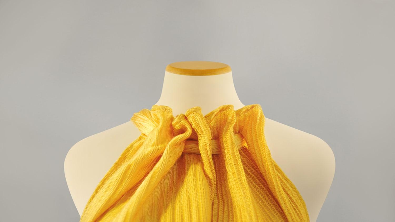 WEB Bolt Threads Gold Mo MA Dress Collar