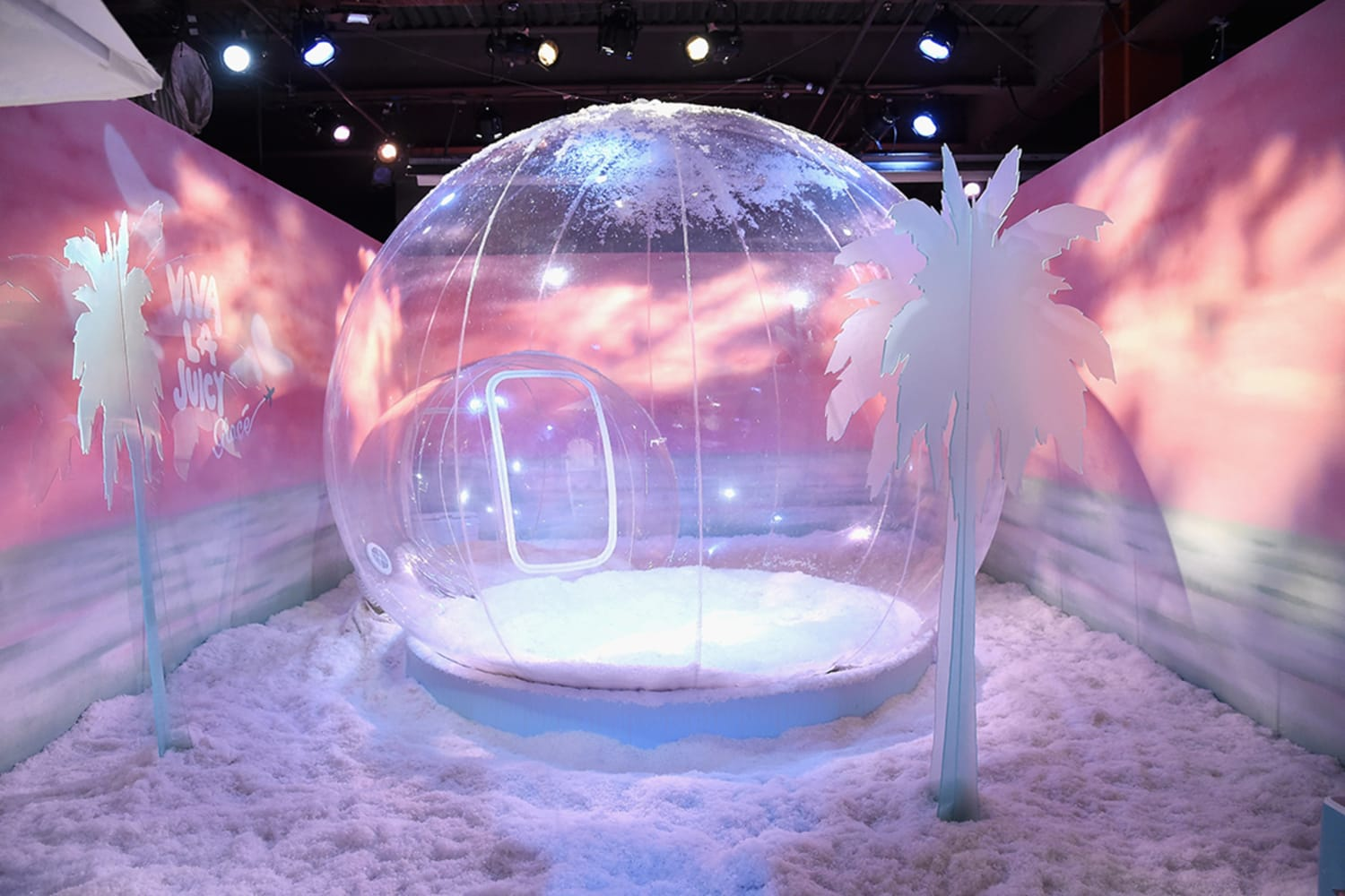Glace Getaway in Collaboration with Juicy Couture at Refinery29 Third Annual 29 Rooms Turn It Into Art Press Preview