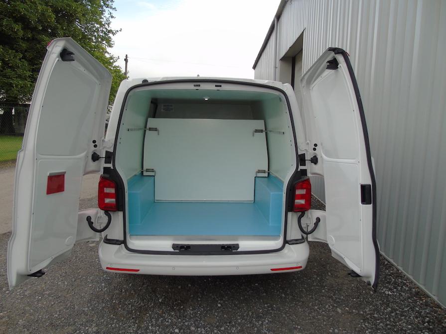 Volkswagen Transporter T6 Hygienic Conversion: Code 044